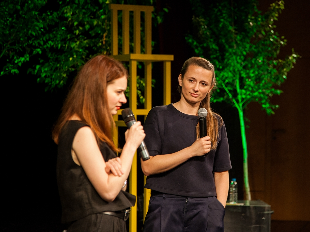 1 Raya Stefanova, the artistic director of One Design Week, 2016 and Matylda Krzykowski on the opening of the Professional Forum